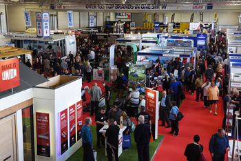 Screwfix LIVE returns